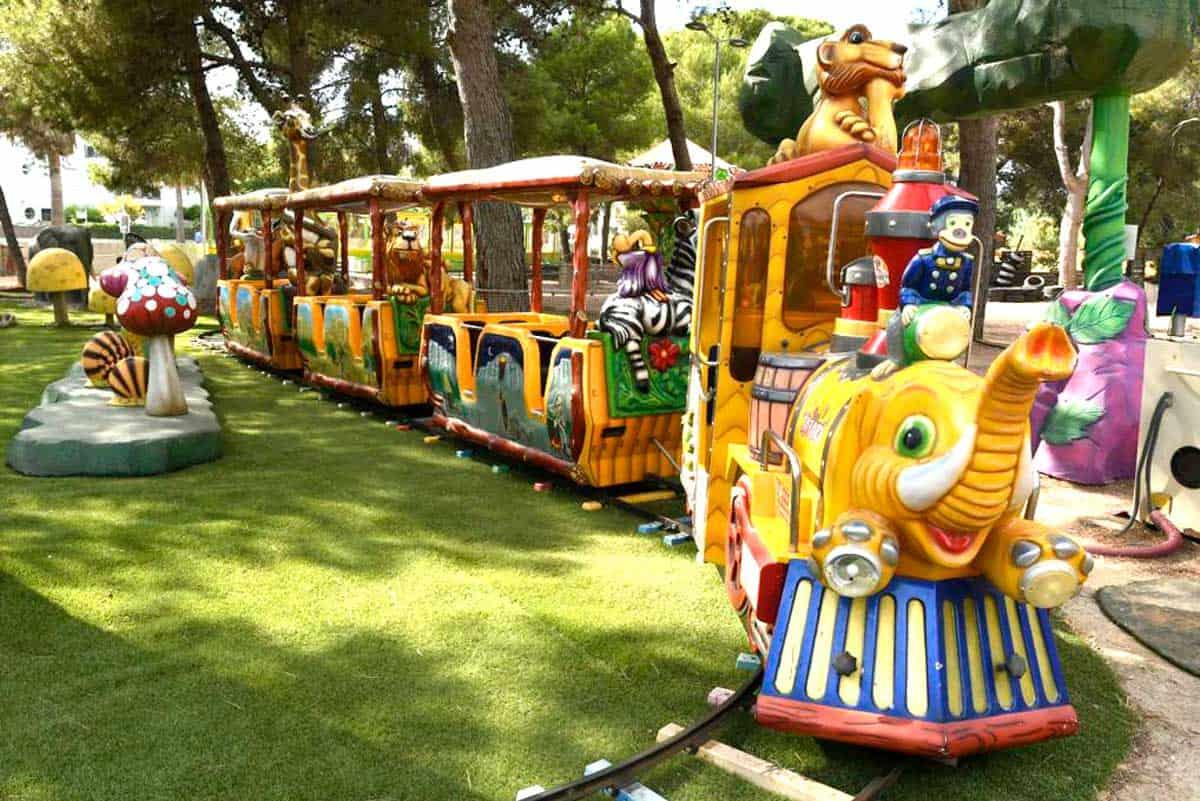 tren infantil selva fantasia
